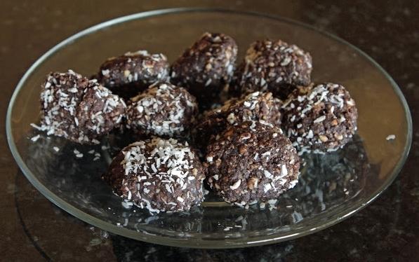 Cacao Almond Balls